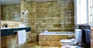 DELUXE DOUBLE ROOM HLG CityPark Pelayo Hotel