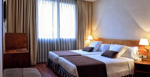 STANDARD DOUBLE ROOM HLG CityPark Pelayo Hotel