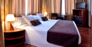 DOUBLE ROOM WITH VIEWS HLG CityPark Pelayo Hotel