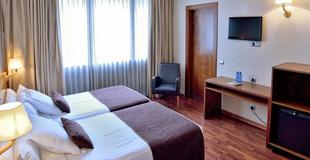 STANDARD TRIPLE ROOM HLG CityPark Pelayo Hotel
